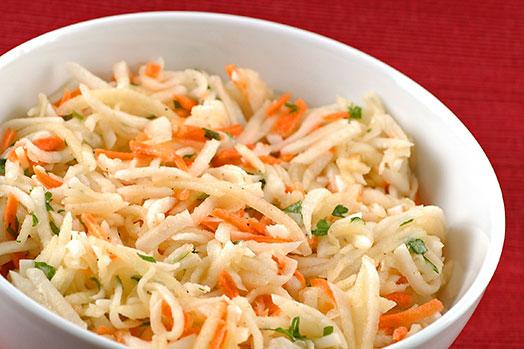 Картинки по запросу Салат из капусты с морковью и хреном