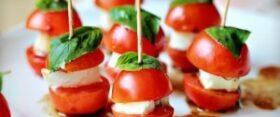 """Mozzarella-tomati suupisted """"Caprese"""""""